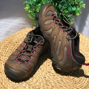 Merrell🍂🍁Women's Chamaleon stretch hiking boots